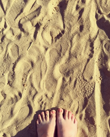 The sand between my toes at Lady's Beach was a much needed exhale... I'll always be a beach baby